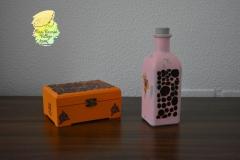 conjunto de caja y botella-1