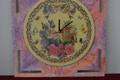 Reloj pintado en madera-4
